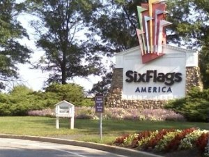 Six Flags Great America Debit And Credit Card Receipt Settlement 2021 - Class Action Lawsuit Over FACTA Law Ends For $450,000...