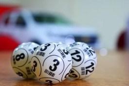 Sognare di giocare una schedina del lotto: sogno di Francesca