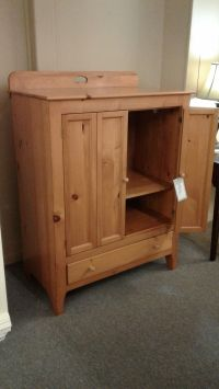 MASTERCRAFT PINE CABINET | Delmarva Furniture Consignment