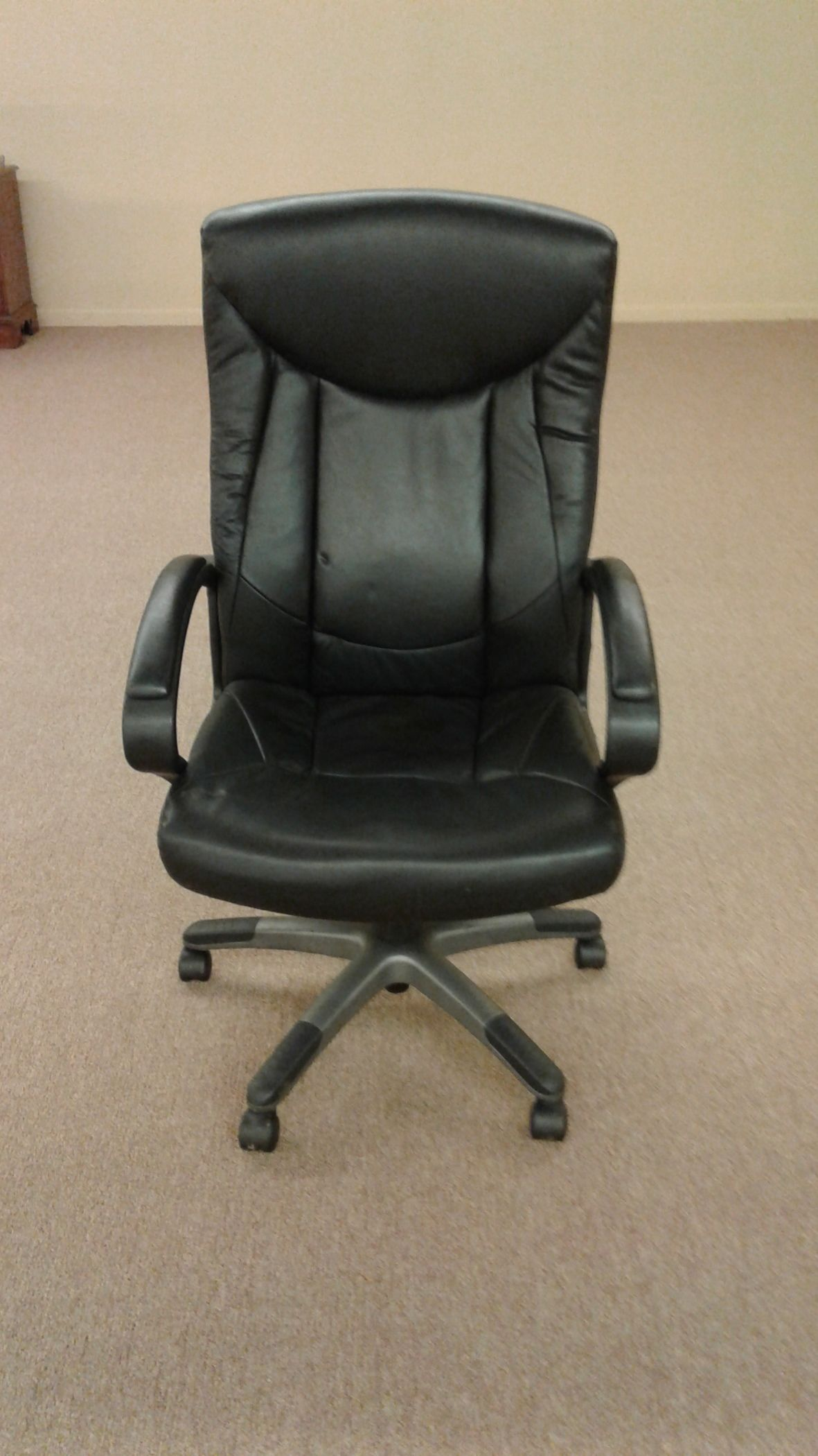 bassett office chair wedding chairs for sale leather delmarva furniture consignment