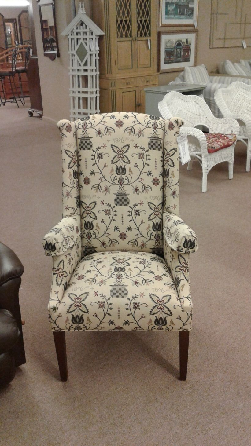 COLONIAL STYLE WINGBACK CHAIR  Delmarva Furniture Consignment