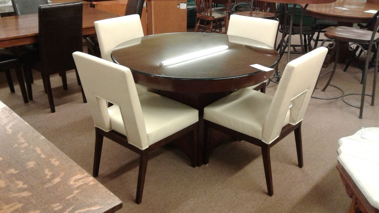 PIER ONE DINING TABLE4 CHAIRS  Delmarva Furniture