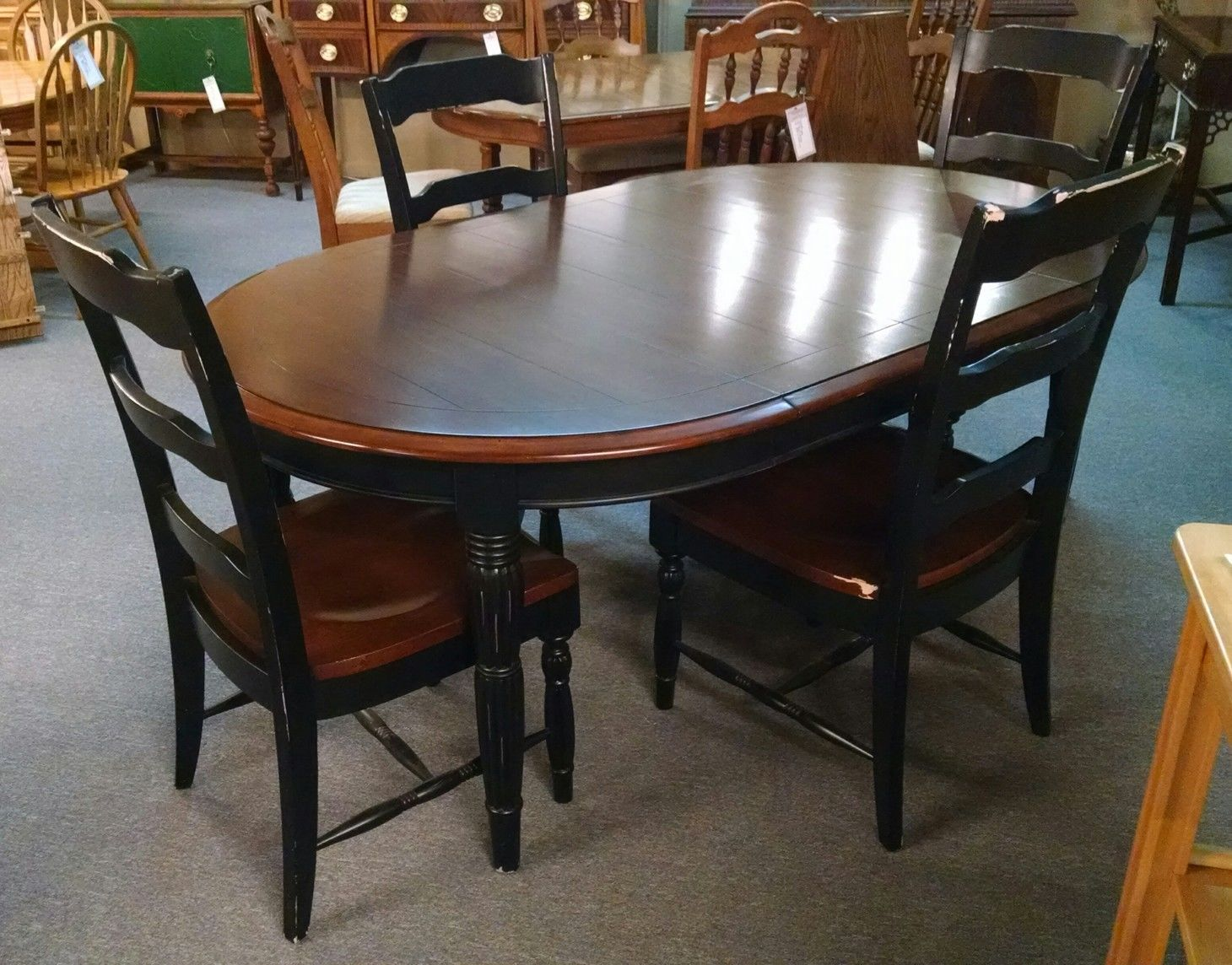 BASSETT DINING TABLE 4 CHAIRS Delmarva Furniture Consignment
