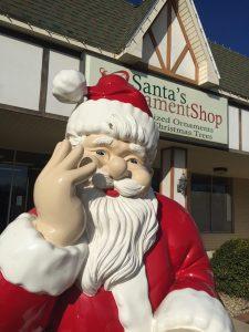Santa Claus Indiana Santa Statues