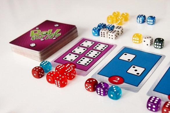 ... y de verdaderas competiciones por las cartas más valiosas.