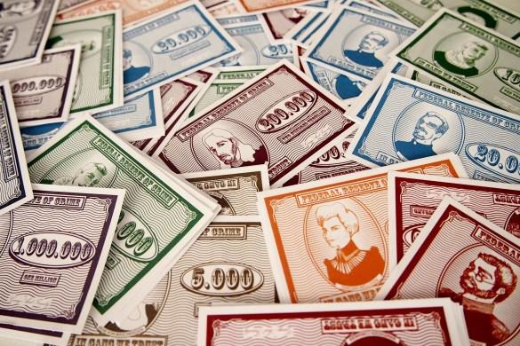 Una vez terminadas las cartas de sucesos, termina la partida. El capo con más dinero se convertirá en el ganador.