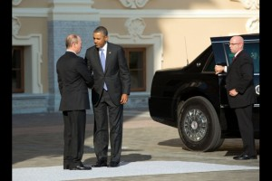 President Vladimir Putin of Russia welcomes President Barack Obama to the G20 Summit at Konstantinovsky Palace in Saint Petersburg, Russia, Sept. 5, 2013. (Official White House Photo by Pete Souza)