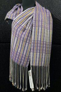 Luxurious reversible silk scarf – Intrepid