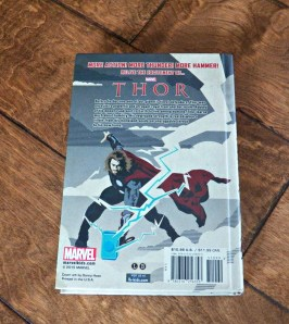 Isn't it pretty? Am I allowed to call Thor pretty? Probably not. Cool, then. Isn't it cool?