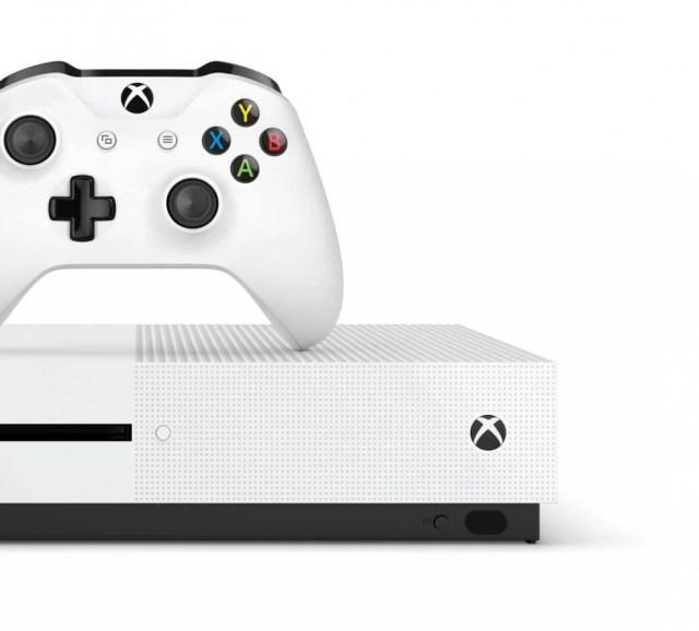 XboxOneS_Crop_Hrz_CnslCntrllr_WhtBG_RGB