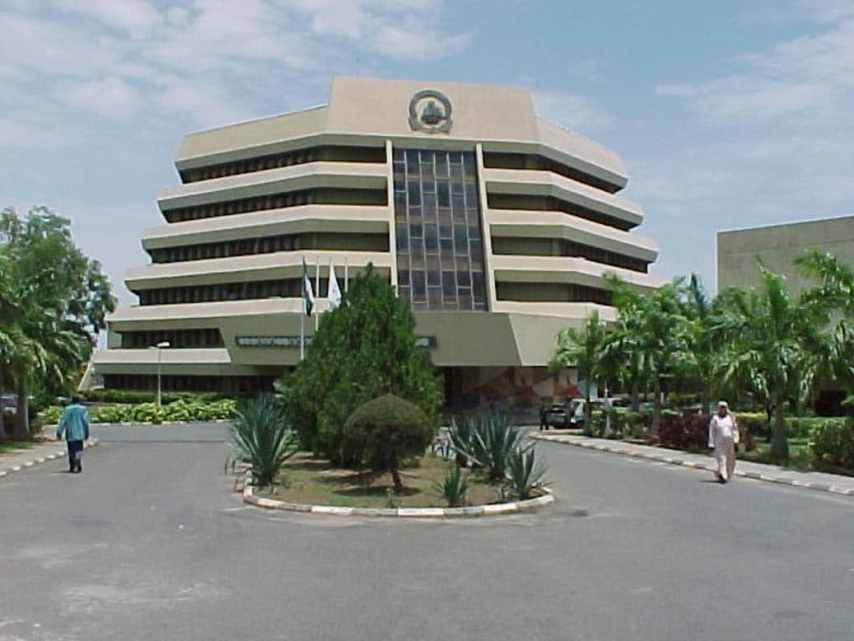 mynaijainfo.com/check-out-the-5-most-boring-departments-in-nigerian-universities
