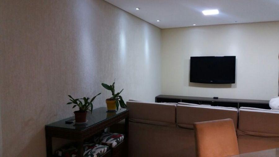 aplicação de grafiato em paredes internas, salas e quartos