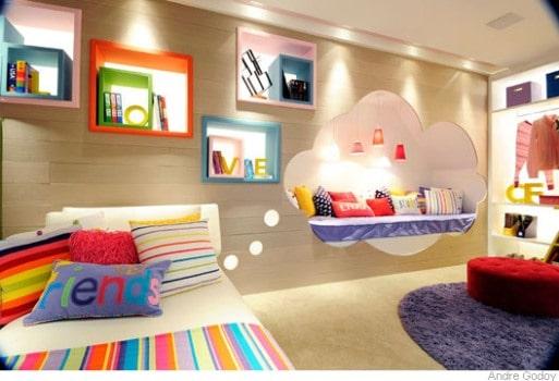 quarto colorido e divertido para menina