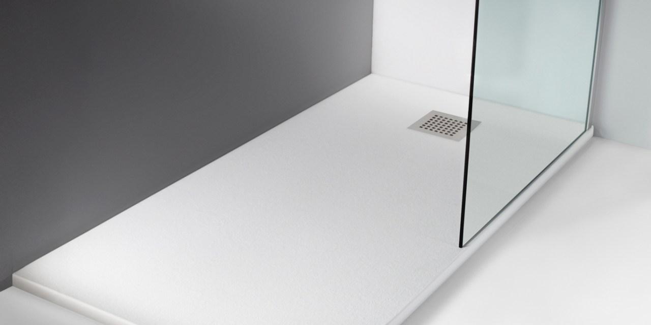 Platos de ducha antideslizantes c mo elegir el adecuado construcci n de viviendas y reformas - Como limpiar el plato de ducha ...