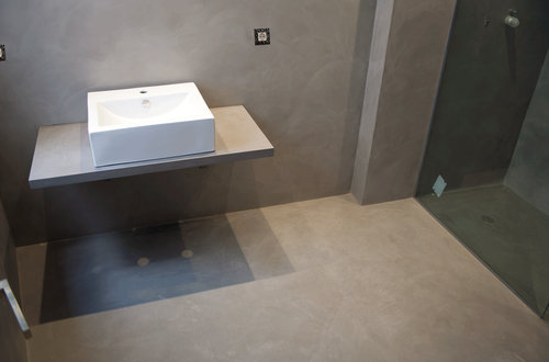 Suelos ideales para utilizar en el ba o construcci n de - Cemento para suelo ...