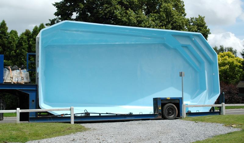 Prix dune piscine en coque  Constructeur travaux