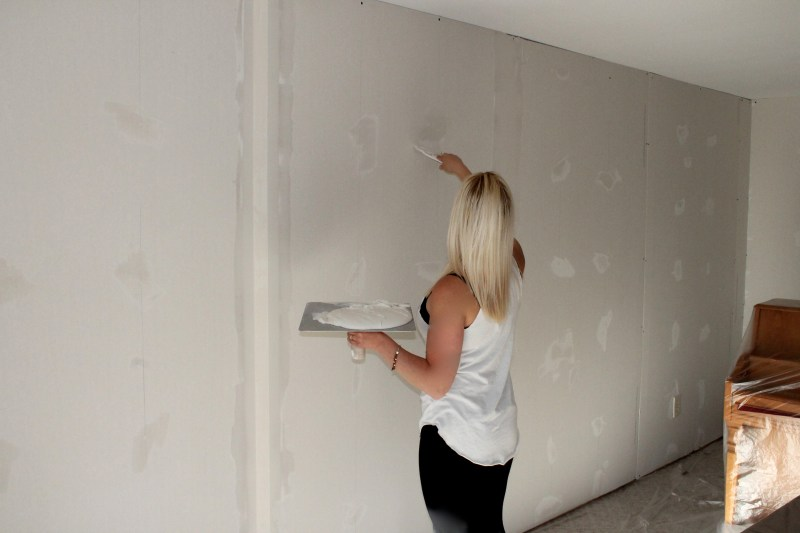 Drywall Taping And Mudding : How to mud and tape drywall ceiling corners integralbook