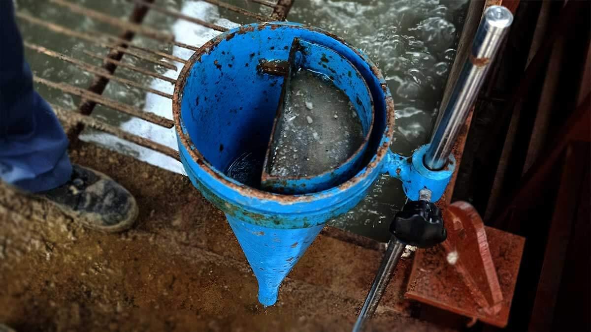 Equipment-Marsh Cone Viscosity Test for Bentonite