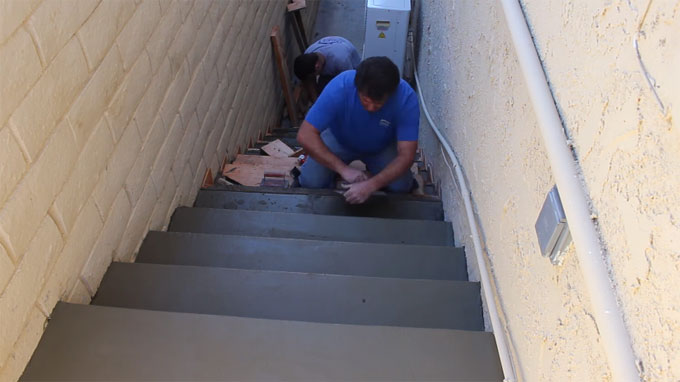 Some useful tips to develop and pour concrete stairs