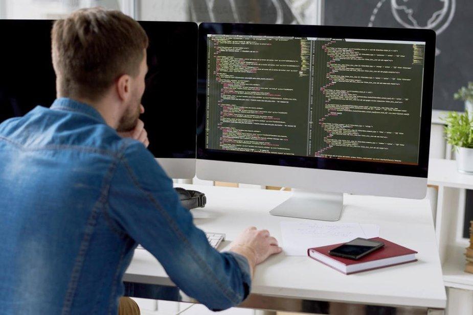 Software Developer MF0C6X