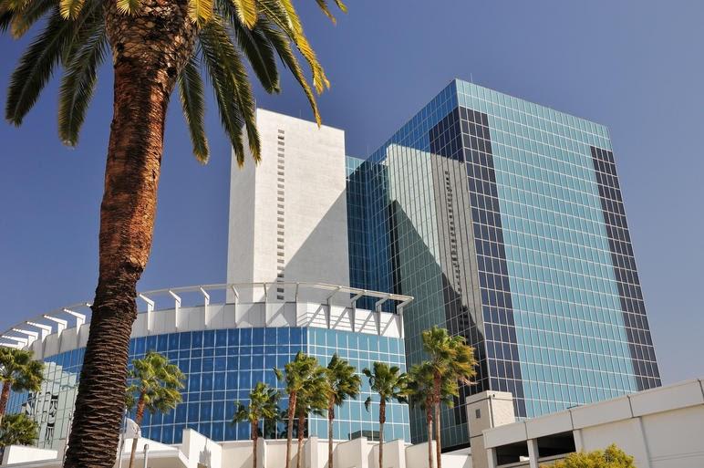 02 California Riverside F3C5CY