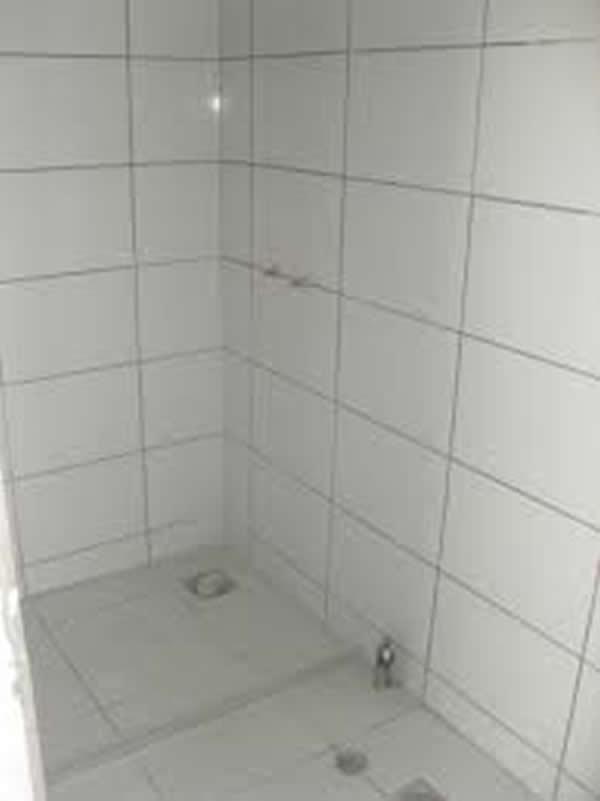 Revestimento Branco para Banheiro  Pisos e Azulejos