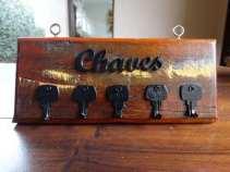 porta-chaves-madeira-de-demolico-artesanato-747011-MLB20463402890_102015-O