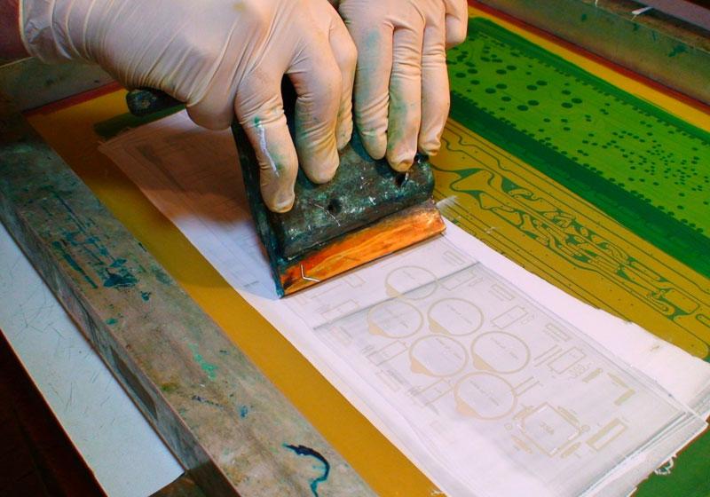 Fabricacion de circuitos impresos PCB con serigrafia parte 4