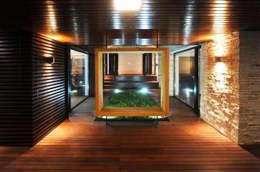 Diseño de casa moderna de dos pisos fachadas y planos