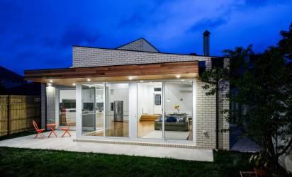 Diseño de casa moderna de un piso [Planos y fachadas]