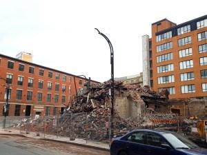 Ersättningsfond räddar återuppbyggnad efter brand