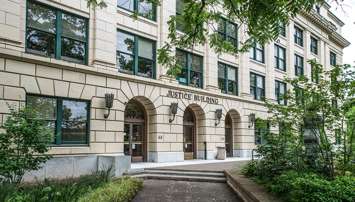 Oregon Justice Building, home of the state's Supreme Court and Court of Appeals in Salem