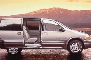 199705 Pontiac Trans SportMontana   Consumer Guide Auto
