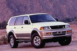 199704 Mitsubishi Montero Sport | Consumer Guide Auto