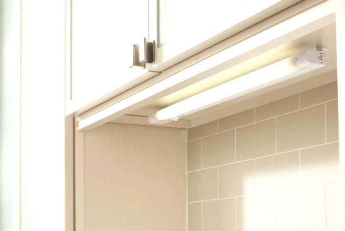 under cabinet light fixture ge 18 inch