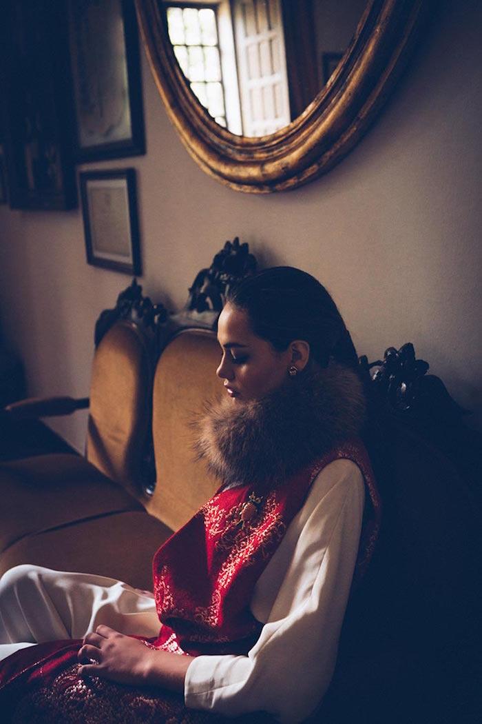 chaleco-vestir-largo-rojo-invitada-perfecta-juana-rique