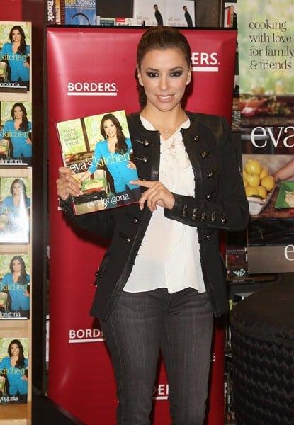 3Eva Longoria promotes her new book Evas Kitchen at Borders Columbus Circle on April 4 2011