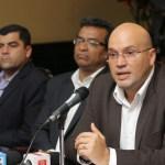 Candidato ingresa a sitio de citas Tinder para buscar votos en Costa Rica