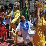 Uruguay elige sus figuras del carnaval en una fiesta marcada por la inclusión