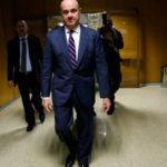 Renuncia un alto funcionario de Casa Blanca acusado de maltratar a exesposas