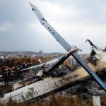 Accidente de avión en el aeropuerto de Katmandú deja al menos 27 muertos