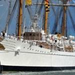 Buque escuela de Armada argentina zarpa en viaje de instrucción por América