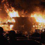 Incendio provoca explosiones en territorio de antigua unidad militar en Rusia