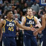 97-112. Los Jazz se meten en playoffs y logran su quinta victoria consecutiva
