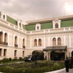 Ecuador aboga por el diálogo tras retirada de EEUU del pacto nuclear con Irán