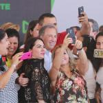 José Antonio Meade ofrece duplicar pensión a adultos mayores