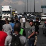 Temer autoriza al Ejército a desbloquear carreteras por la huelga