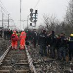 Dos muertos y 20 heridos al descarrilar un tren en el norte de Italia