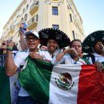 El riesgo de vestir ropa con diseños de la bandera y el escudo de México