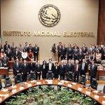 Llama INE a candidatos a contribuir al voto informado
